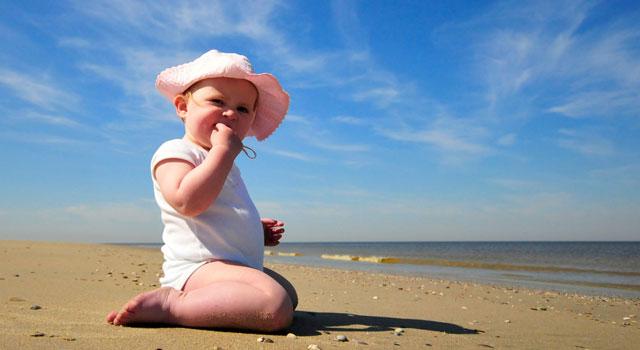 cómo actuar con tu bebé en los días calurosos