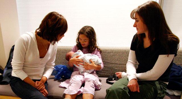 10 consejos si vas a visitar a un recién nacido